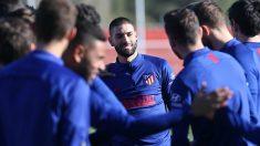 Carrasco, entrenándose con el Atlético este viernes.