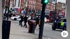 Abatido a tiros un presunto terrorista en Londres.