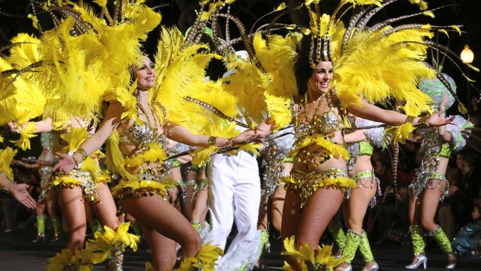 El Carnaval chicharrero es el más importante de España