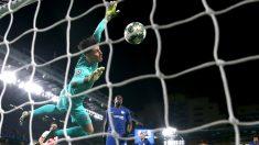 Kepa Arrizabalaga, en el partido ante el Ajax (Getty)