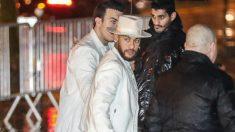 Neymar, entrando a la fiesta. (AFP)