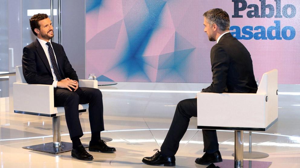 Pablo Casado durante su entrevista en TVE (Foto: EFE)