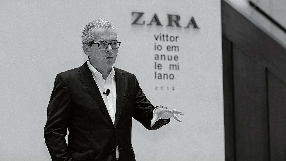 Pablo Isla, presidente de Inditex, en una tienda de Zara en Milán