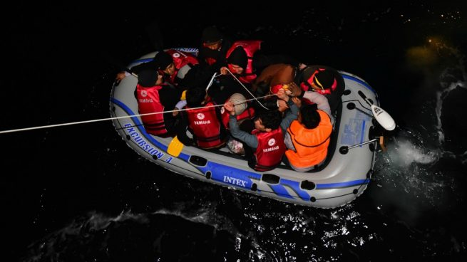 Vox lamenta que los inmigrantes ilegales lastren la responsabilidad de los andaluces en el confinamiento