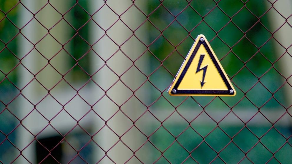 Consejos de prevención de lesiones eléctricas en casa