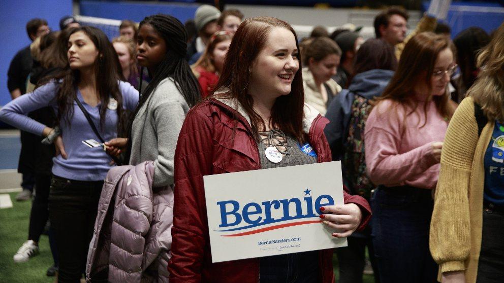 Seguidores de Bernie Sanders. Foto: EFE