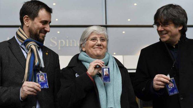 clara ponsati eurocamara acreditacion diputada bruselas referendum 1-O