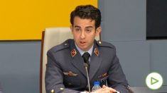 El capitán Roberto García Macías, piloto del F-18 que comprobó los daños del Boeing de Air Canadá que tuvo que aterrizar de emergencia en Barajas.