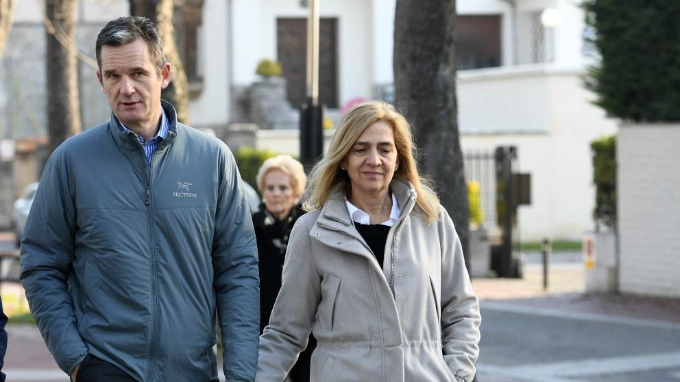 Iñaki Urdangarin disfruta por las calles de Vitoria su primer permiso penitenciario junto a la infanta Cristina (Foto: EP).