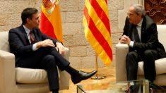 Sánchez y Torra durante su reunión en el Palau de la Generalitat. Foto: EFE