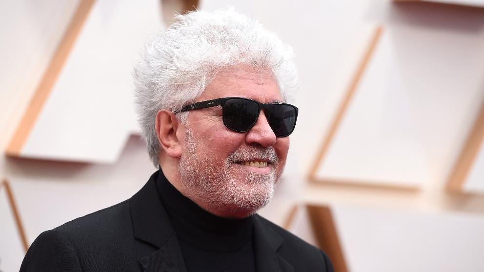 Almodóvar en su llegada a los Premios Oscar