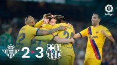 El Barcelona venció al Betis con polémica.