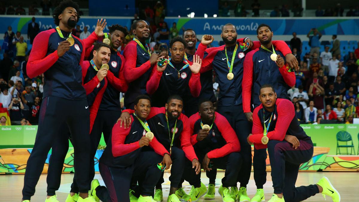 La selección de baloncesto de E.E.U.U celebra el oro logrado en Río 2016 (Getty).