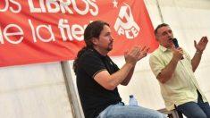 Pablo Iglesias y Enrique Santiago. (Foto: PCE)