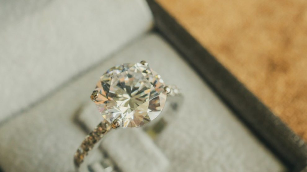 5 anillos de compromiso perfectos por menos de 100€