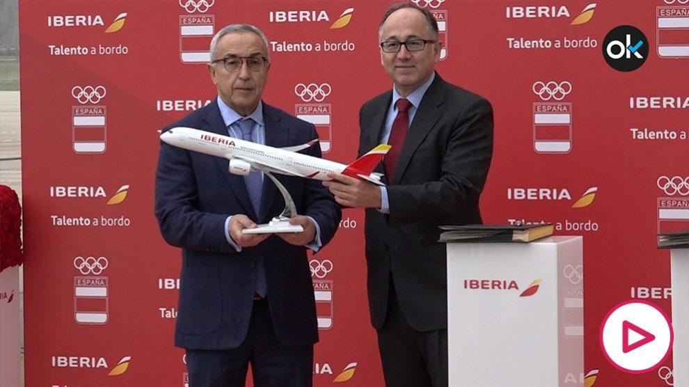 Alejandro Blanco junto con Luis Gallego en la sede de Iberia.