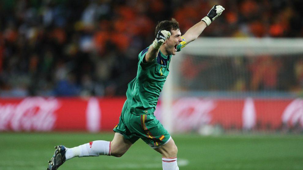 Iker Casillas celebra el triunfo de España en la final del Mundial 2010 (Getty).