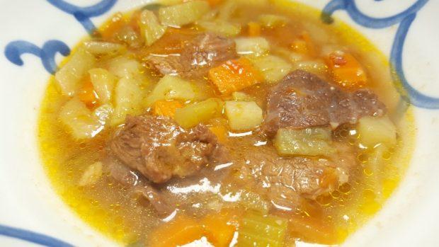 Sopa de pata salvadoreña