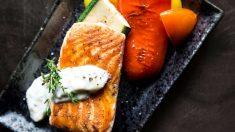 El salmón es uno de los mejores ingredientes para fortalecer tus músculos