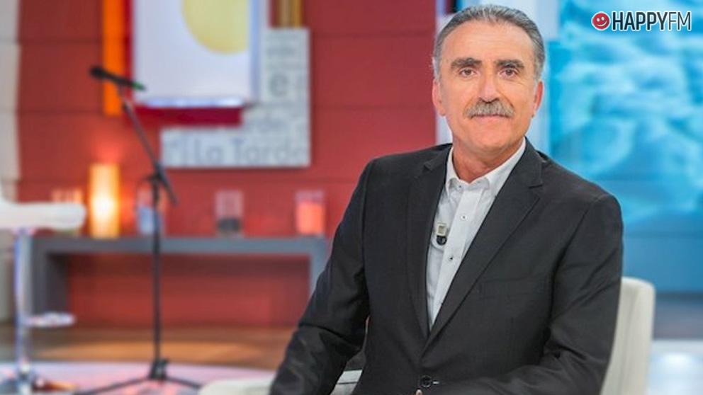 Juan y Medio.