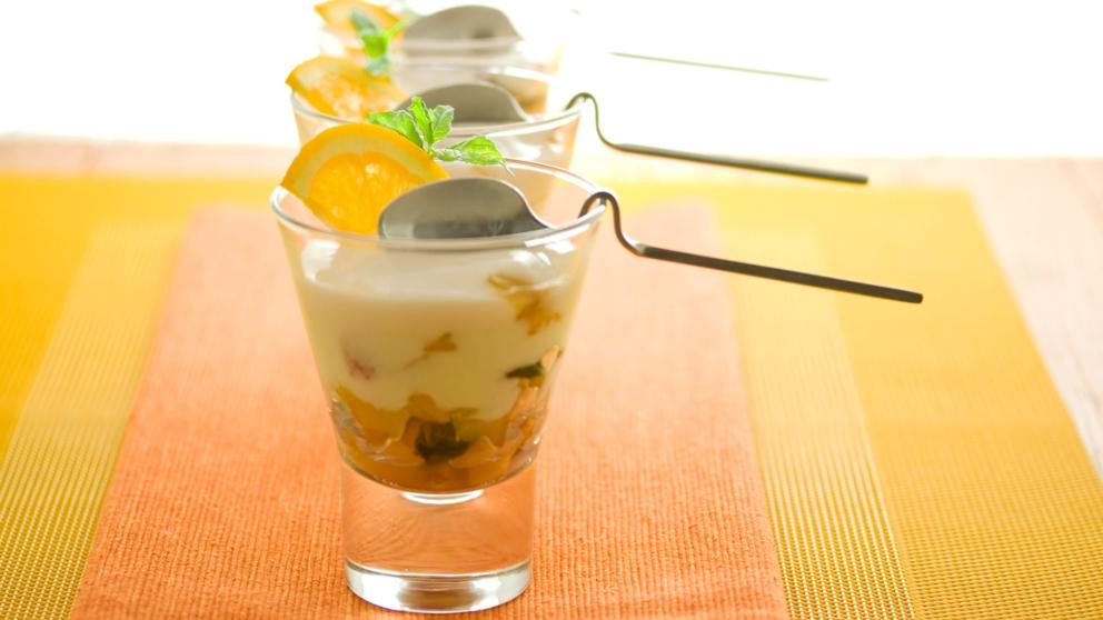 Receta de Vasitos de caqui con yogur griego
