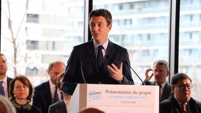 El candidato de Macron a la alcaldía de París renuncia tras la difusión de un vídeo sexual