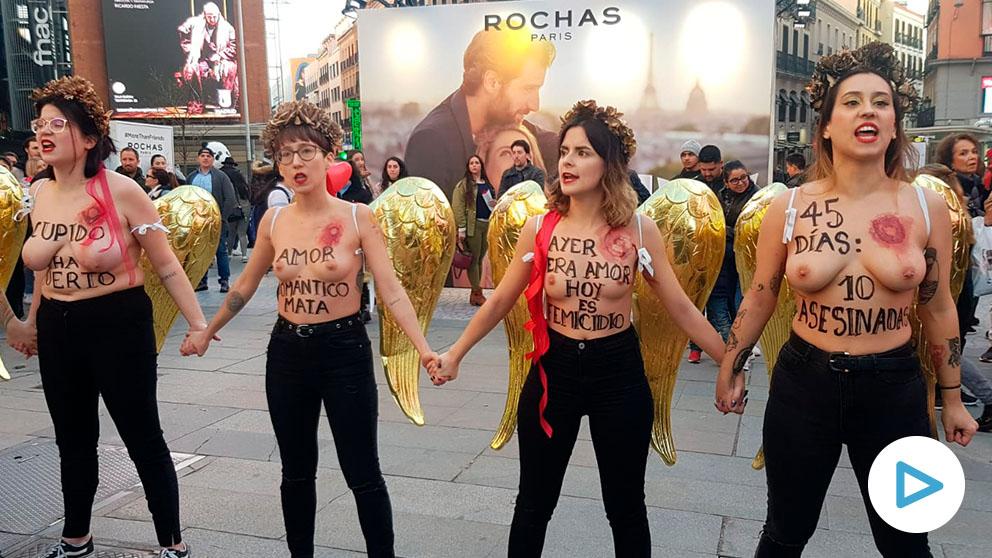 Las activistas de Femen, en la Plaza del Callao (Madrid).