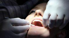 Por qué perdemos los dientes