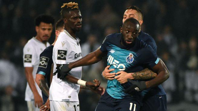 El racismo hacia el futbolista Marega avergüenza a Portugal