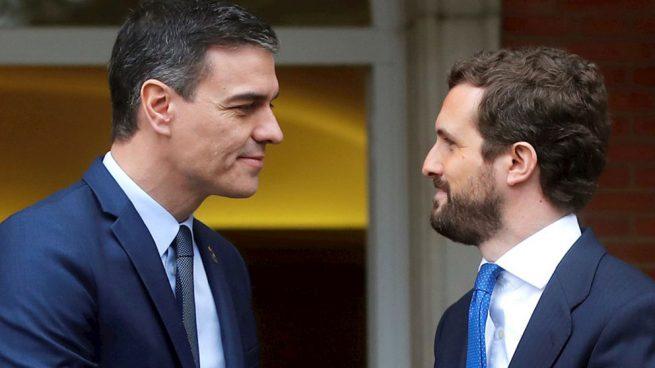 Pedro Sánchez llamará hoy a todos los líderes de la oposición tras arrinconarlos durante toda la crisis