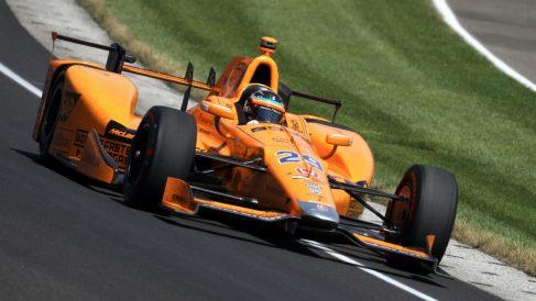 Fernando Alonso durante las 500 millas de Indianápolis. (Getty)