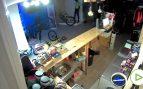 La banda de aluniceros de 'El Goyito' destroza y roba una tienda de bicicletas de Madrid