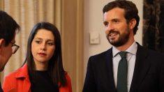 La líder de Ciudadanos (Cs), Inés Arrimadas, junto al presidente del PP, Pablo Casado (Foto: EP).