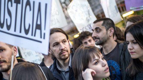 Pablo Iglesias en la huelga feminista del 8M en 2017. (Foto: Podemos)