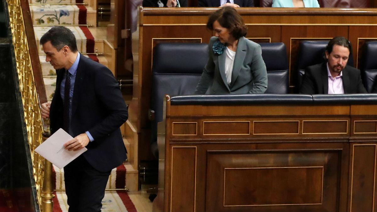 Pedro Sánchez, Carmen Calvo y Pablo Iglesias, en el Congreso.