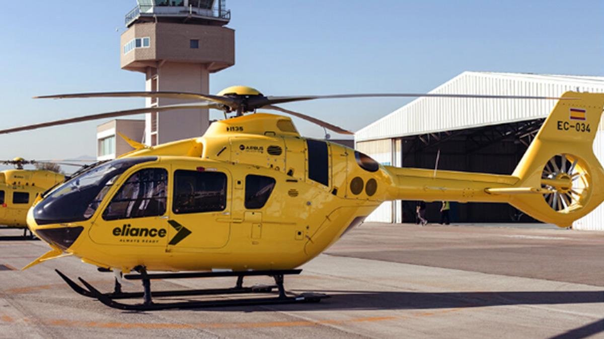 Un helicóptero modelo H135 utilizado por el grupo Eliance en las evacuaciones sanitarias.