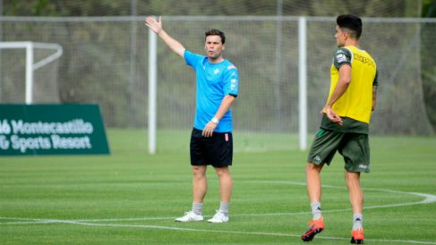 Rubi en un entrenamiento con el Betis. (Real Betis)