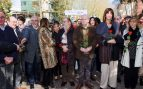 Alfonso Alonso (PP), Andoni Ortuzar (PNV), Idoia Mendia (PSOE), entre otros, en el homenaje floral a Fernando Buesa y su escolta, Jorge Díez, celebrado este sábado. (Foto: EFE)
