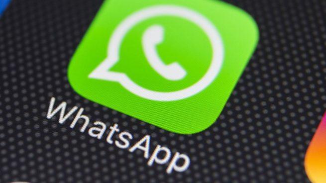 Cómo evitar aparecer 'en línea' o 'escribiendo' en WhatsApp