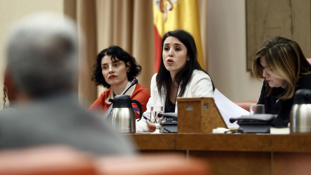 La ministra de Igualdad, Irene Montero, en la Comisión del ramo el pasado febrero. (Foto: EFE)