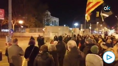Varios CDR cortando una de las vías principales de Gerona para protestar contra la sentencia del 1-O.