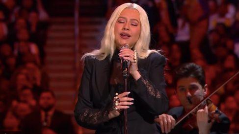 Así fue la actuación de Christina Aguilera en el tributo a Kobe Bryant