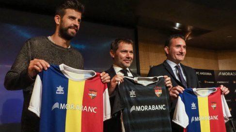 Piqué, en su presentación como propietario del Andorra. (AFP)