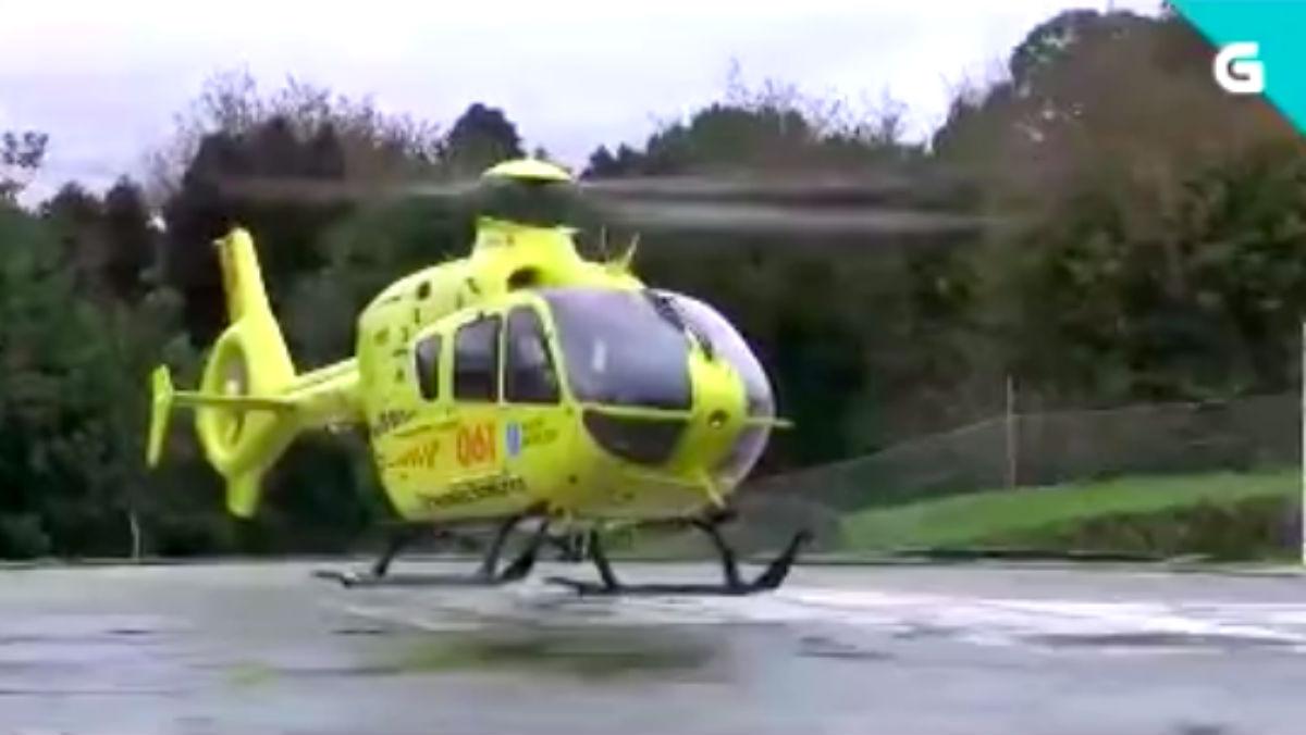Uno de los helicópteros utilizados por el servicio sanitario de urgencias de la Xunta de Galicia.