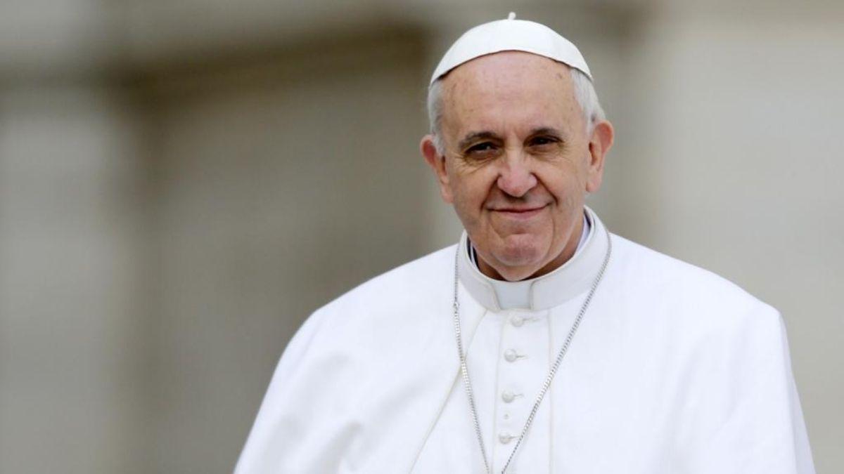 Las redes enloquecen con el bulo de la detención del Papa Francisco en un misterioso apagón