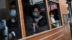 Una foto tomada en un autobús de Hong Kong. China es el país originario del coronavirus y donde más muertes se ha cobrado. Foto: EP