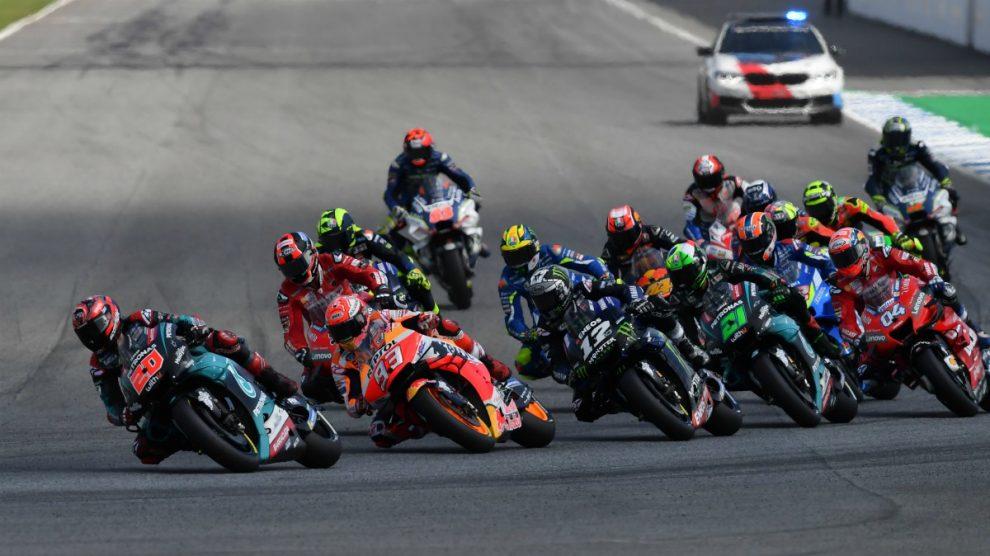Los pilotos de MotoGP durante el GP de Tailandia en 2019. (AFP)