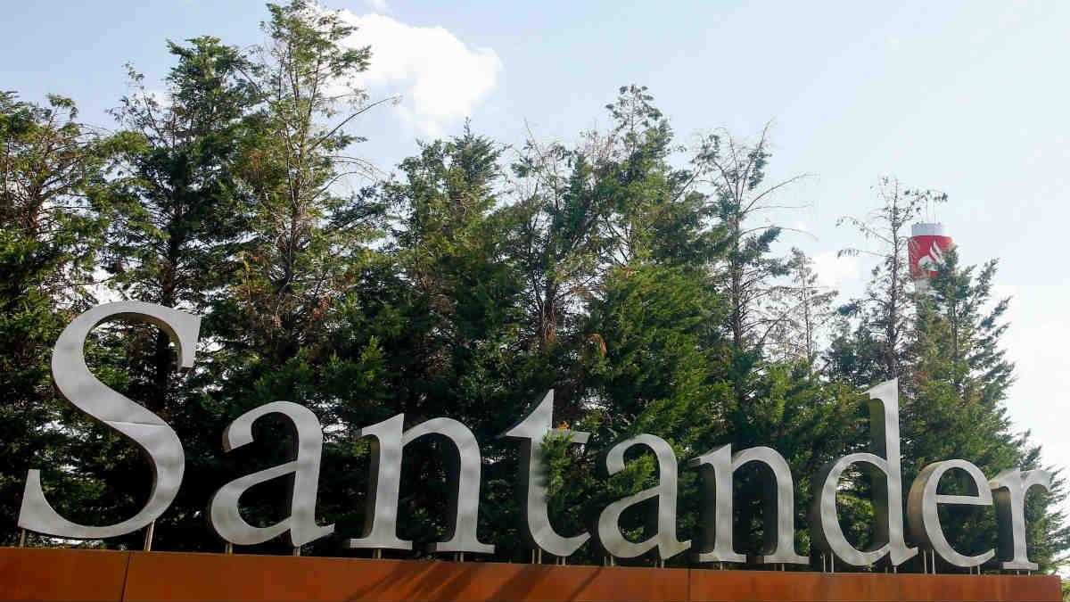 La filial de Santander en Reino Unido cerrará 111 sucursales de su red en el país