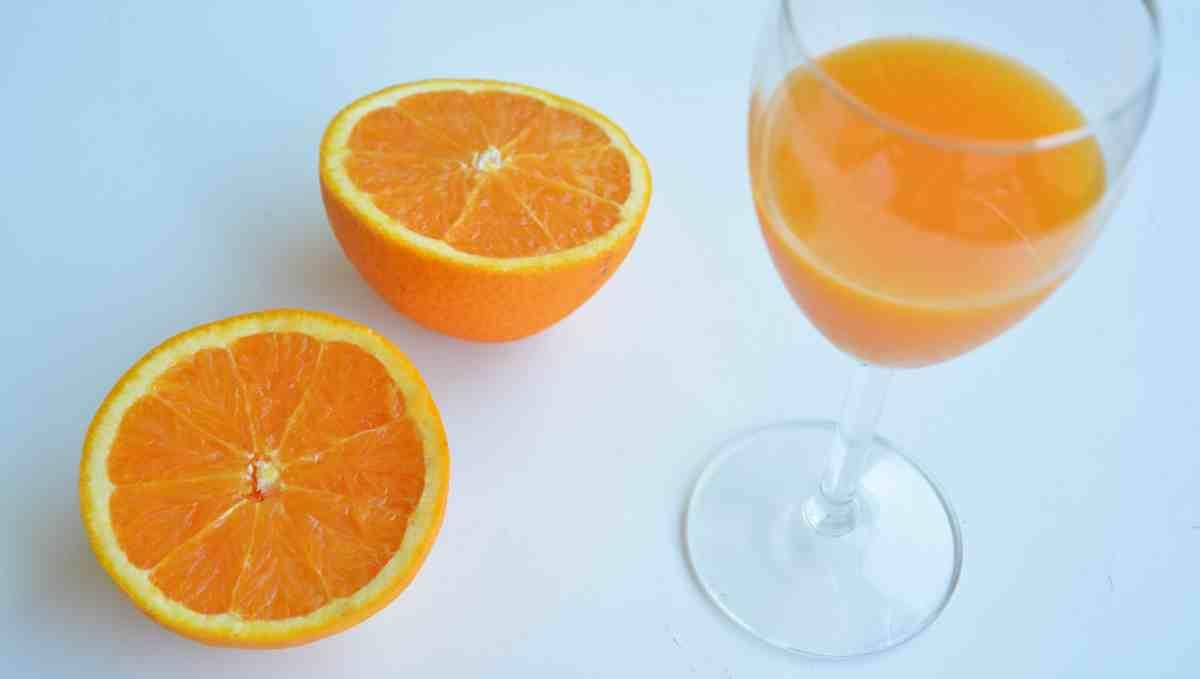 Naranja y zumo, ¿cuál es más saludable?