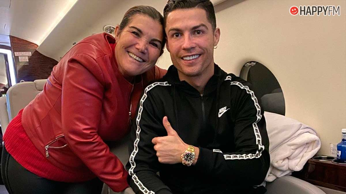 Cristiano Ronaldo junto a su madre Dolores Aveiro.